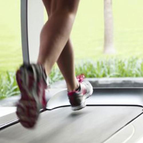 Que ejercicios tengo que hacer en el gimnasio para adelgazar